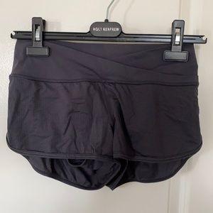 Lululemon hot yoga shorts